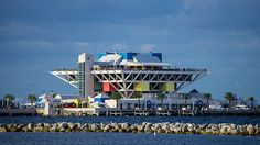 Breakwall and #StPete Pier up close from Albert Whitted Park on last day...