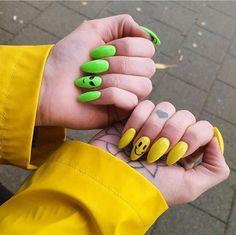 60 Creative And Stylish Acrylic Long Stiletto Nails Designs Long Stiletto Nails;Creative and Stylish Stiletto Nails Designs. Long Stiletto Nails, Edgy Nails, Grunge Nails, Cute Nails, Pretty Nails, Grunge Goth, Shellac Nail Designs, Shellac Nails, Pink Nails