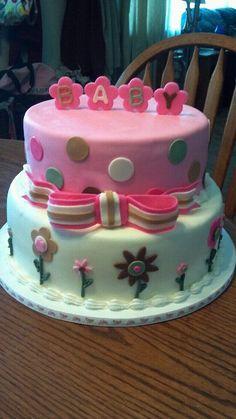 Baby shower cake for a girl
