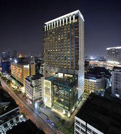 Le Meridien Bangkok—Exterior at night | Flickr - Photo Sharing!