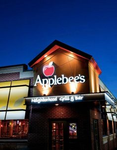 Applebee's is located in Fountain Valley, CA    http://applebees.com/