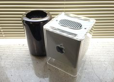 Mac Pro and G4 Cube by Julio Ojeda-Zapata
