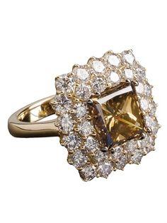 Anelli e fedine per il fidanzamento diamante cognac taglio smeraldo