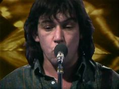 Eric Burdon & War - Spill The Wine - YouTube