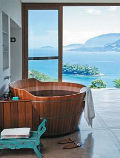 hot tub / Yes but the view!