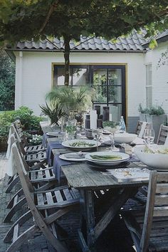 Outdoor entertaining I Aquaponicals Outdoor Rooms, Outdoor Dining, Outdoor Gardens, Outdoor Decor, Gazebos, Outside Living, Al Fresco Dining, Deco Table, Outdoor Entertaining