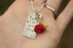 "Disney's Princess Belle Beauty and the Beast Inspired Tale as Old as Time Necklace with a Bead and a Rose Charm  Mejor ""Nace una ilusión"""