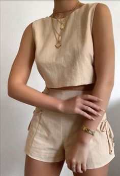 Crop Top And Shorts, Crop Top Outfits, Cute Casual Outfits, Stylish Outfits, Casual Suit, Suit Fashion, Look Fashion, Fashion Outfits, Womens Fashion