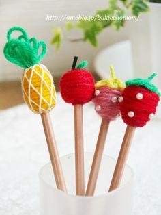 毛糸を巻き巻き♪  可愛いフルーツデコ鉛筆