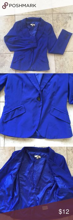 Cobalt blue blazer This cobalt blue blazer has a single button up front, fake pockets, buttons on sleeve. Gently used Ya Los Angeles Jackets & Coats Blazers