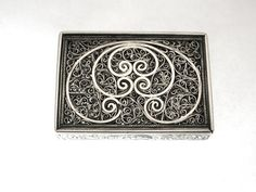 OnlineGalleries.com - Dutch Silver Filagree Box with Sliding Lid
