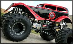 "In the late 1970s, modified pickup trucks were becoming popular and the sports of mud bogging and truck pulling were gaining in popularity. Several truck owners had created lifted trucks to compete in such events, and soon competition to hold the title of ""biggest truck"" developed. The trucks which garnered the most national attention were Bob Chandler's Bigfoot, Everett Jasmer's USA-1, Fred Shafer and Jack Willman Sr.'s Bear Foot, and Jeff Dane's King Kong. At the time, the largest tires…"