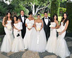 Photo of Kim Kardashian & Kris Humphries Wedding Photos for fans of Kendall Jenner 25644855 Estilo Kardashian, Kardashian Style, Kim Kardashian Wedding Dress, Kardashian Family, Kardashian Kollection, Kardashian Jenner, Celebrity Wedding Dresses, Celebrity Weddings, Wedding Gowns