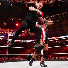 Kurt Angle's farewell match does not go as planned as Baron Corbin shockingly defeats the WWE Hall of Famer at WrestleMania. Wwe Entertainment, Wrestlemania 35, Baron Corbin, Kurt Angle, Wwe Pay Per View, Wwe Photos, Angles, Concert, Wrestling