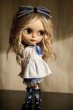 https://flic.kr/p/gdjQNr | Blythe Alice version | One more Alice ^_^