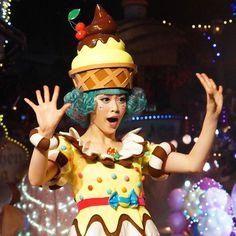 #ゆゆ ちゃん安定の可愛さ #戸高明友美 さんの#お菓子の精  #ピューロフェアリーズ #miraclegiftparade #ミラクルギフトパレード #puroland #ピューロランド #ピューロランドダンサー #ピューロダンサー #sonya7 #sony  #sonyalpha  #puro25th  撮影:2016.05.31 Costumes Kids, Candyland, Carnival, Entertaining, Instagram Posts, Sweets, Xmas, Kids Suits, Carnavals