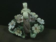 Elegante Porcelana Capodimonte De Colección. N. Pintado a Mano Único Cesta de flores, Italia