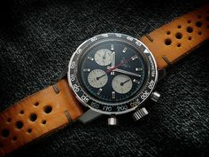 Heuer Autavia 2446C Tachy, V72, c1971-2 (2446C 2nd dial/hands) Some of the most sought after Heuers are the early screwback Autavias, and they are indeed very special. This iteration is what replac...
