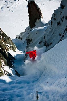 Extreme snow boarding - quite daring!!
