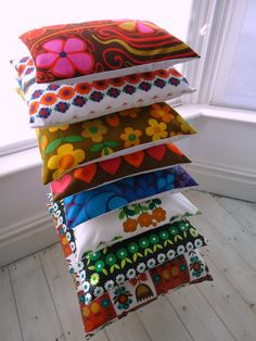 modflowers: cushion stack! vintage, cushion stack, cushion covers, cushions