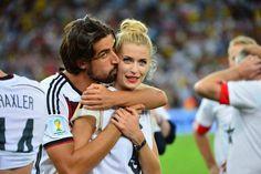 Ihr Traum wird endlich wahr! Lena Gercke mit Sami Khedira