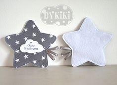 ballotin de dragées en forme d'étoile grise sur commande étiquette personnalisée : Autres bébé par bykiki