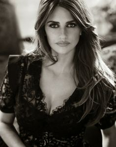 models01:  Penelope Cruz by Mariano Vivanco for The Edit