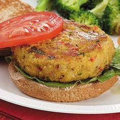 You'll need: canned chickpeas, minced celery, red b… Vegetarian Chickpea Burgers. You'll need: canned chickpeas, minced celery, red bell pepper and panko bread crumbs. Chickpea Recipes, Vegetarian Recipes, Cooking Recipes, Healthy Recipes, Vegetarian Cooking, Pie Recipes, Falafel, Chickpea Burger, Vegetarian