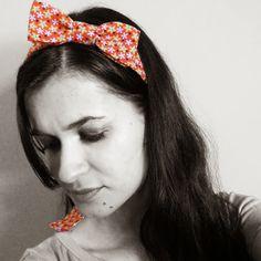 Laço no cabelo - Mariely Del Rey