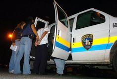 Policía arresta a 10 universitarios entre otros detenidos en...