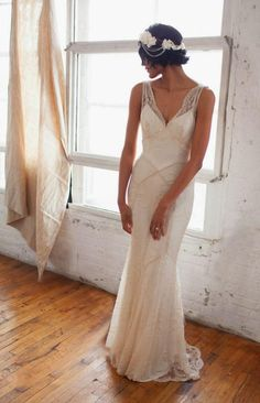 20 Art Deco Wedding Dress with Gatsby Glamour Great Gatsby Wedding, Dream Wedding, Wedding Ideas, Wedding Lace, Gown Wedding, Gatsby Wedding Dress, 1920s Wedding Dresses, Vintage Dresses, Wedding Trends