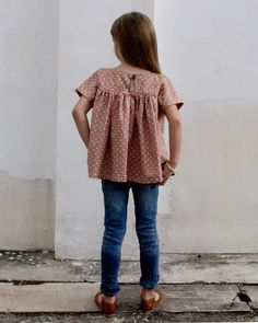 The Voilà Blouse PDF pattern and tutorial door CaliFayeCollection