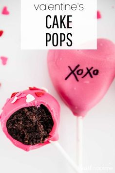 Celebrate your sweetheart with these adorable homemade Valentine's day cake pops! #cake #cakepops #cakerecipes #chocolate #homemade #valentine #valentinesday #valentinedesserts #valentinesdaydesserts #desserts #dessertrecipes #recipes #iheartnaptime Valentine Desserts, Valentines Day Desserts, Valentine Cake, Fun Desserts, Valentine Treats, Dessert Recipes, Chewy Chocolate Cookies, Chocolate Bread Pudding, Chocolate Dipped Fruit