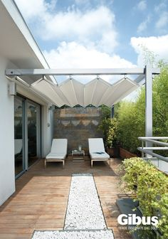 Free standing or lean to pergola framework with all weather roof cover, manufactured by Gibus. Ideal for large outdoor areas with little or no fixing point available. Diy Pergola, Corner Pergola, Pergola With Roof, Pergola Shade, Patio Roof, Pergola Kits, Outdoor Areas, Outdoor Rooms, Outdoor Living