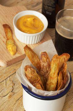 Cascas de batata com maionese picante