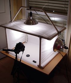 Homemade Lightbox for Great Product Shots (Diy Photo Lighting) Light Photography, Creative Photography, Digital Photography, Photography Tips, Lightbox For Photography, Photography Backdrops, Professional Photography, Product Photography Lighting, Pixel Photography