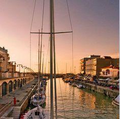 Gabicce (Marche) - Hotel Acrux. Il porto canale di Gabicce e Cattolica.