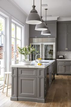 2018 interior decor trends ,grey kitchen cabinets, grey kitchen.