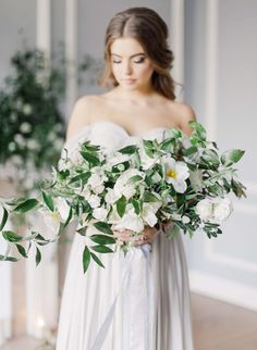 A Modern Renaissance-Inspired Wedding Shoot | Weddingbells