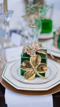 St Patrick's Day Tablescape | Glamour
