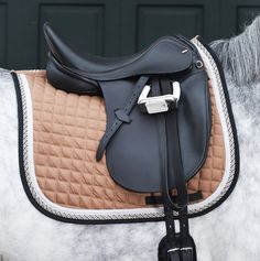 equestrian-trends:  HKM Valence Saddle Clothwww.equestrian-trends.tumblr.com