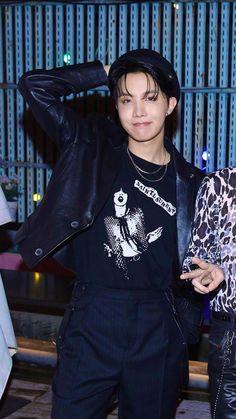 Seokjin, Namjoon, Taehyung, Jung Hoseok, Mnet Asian Music Awards, Foto Bts, Bts Photo, K Pop, Jhope Cute