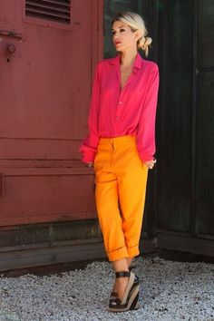 afternoon outfit in bright pink and orange Mode Outfits, Chic Outfits, Looks Style, Style Me, Chic Office Outfit, Office Chic, Mode Ab 50, Look Chic, Mode Inspiration