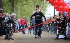 Claire Lomas: paralysed marathon ace who finished Marathon in 16 days !!!!!