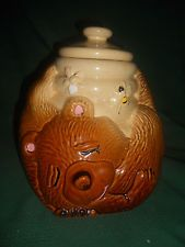 Vintage McCoy Sleeping Bear  Honey Pot  Bees Cookie Jar Pottery  A1