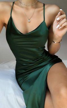 Satin Mini Dress, Satin Dresses, Sexy Dresses, Midi Dresses, Green Satin Dress, Silk Dresses Short, Emerald Green Dress Long, Gowns, Satin Bodycon Dress