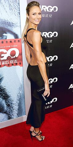 Stacy Keibler in backless dress Stacy Keibler, Red Carpet Gowns, Girl Celebrities, Celebrity Red Carpet, Wwe Divas, Dancing With The Stars, Athletic Women, Red Carpet Fashion, Jennifer Lopez