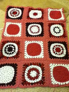 Ravelry: Project Gallery for Squaring the Big Circle pattern by Kate Jenks