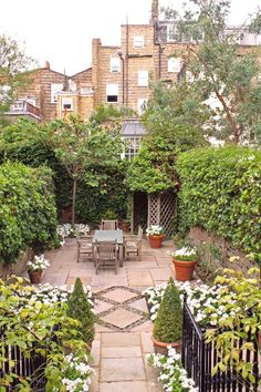 152 Best Small Gardens Images On Pinterest | Landscaping, Decks And Formal  Gardens