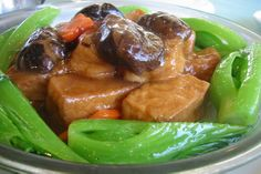 HOT - Braised bean curd, cloud ear and vegetables. Gluten Free Vegetarian Recipes, Vegan Dinner Recipes, Delicious Vegan Recipes, Vegetarian Dish, Healthy Recipes, Chinese Tofu Recipes, Authentic Chinese Recipes, Asian Recipes, Chinese Food